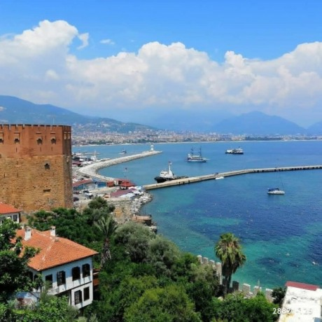 red-castle-for-sale-sea-harbor-view-detached-house-100-years-old-big-2