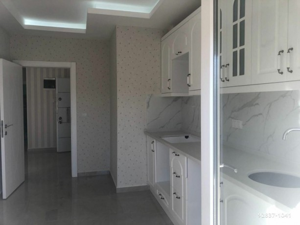 alanya-real-estate-and-apartments-with-pool-big-3