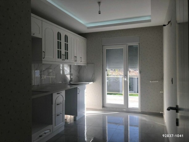 alanya-real-estate-and-apartments-with-pool-big-2