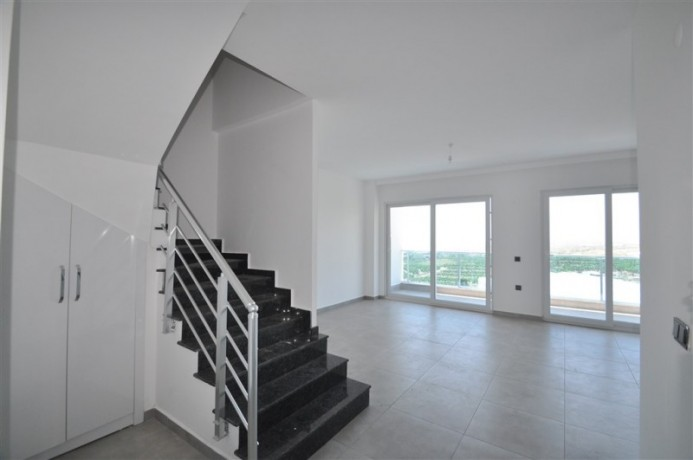 luxury-penthouse-in-full-social-activities-complex-for-sale-big-0