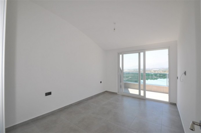 luxury-penthouse-in-full-social-activities-complex-for-sale-big-11