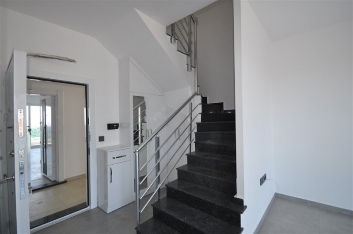 luxury-penthouse-in-full-social-activities-complex-for-sale-big-4