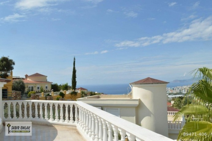 seaview-villa-for-sale-in-alanya-with-private-pool-indoor-parking-big-2