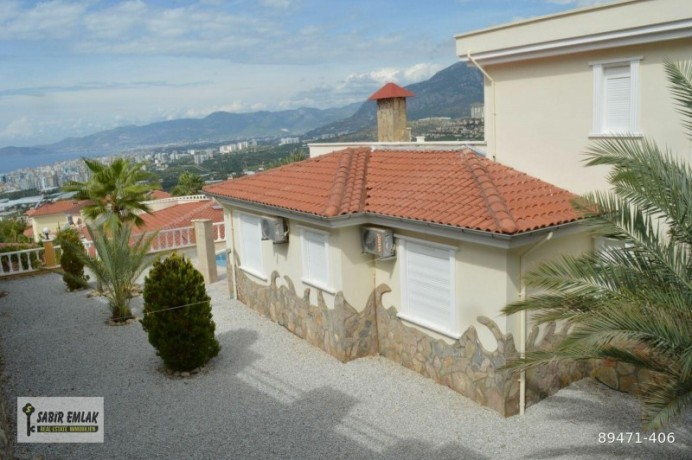 seaview-villa-for-sale-in-alanya-with-private-pool-indoor-parking-big-17