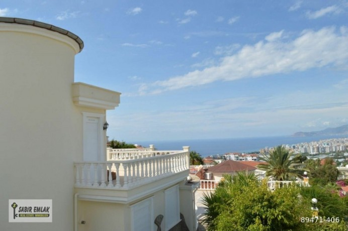 seaview-villa-for-sale-in-alanya-with-private-pool-indoor-parking-big-3