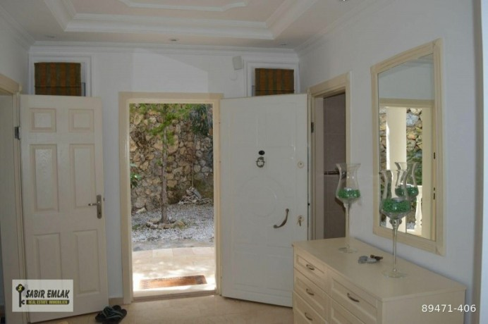 seaview-villa-for-sale-in-alanya-with-private-pool-indoor-parking-big-5