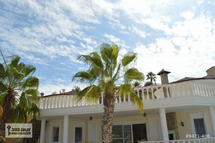 seaview-villa-for-sale-in-alanya-with-private-pool-indoor-parking-big-1