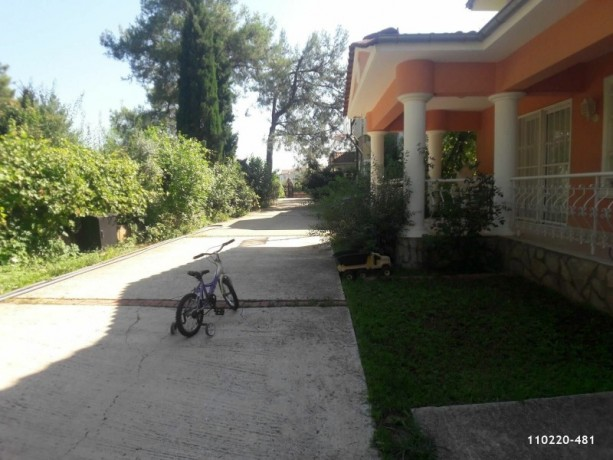 nebiler-500m2-land-within-250m2-use-of-6-bedroom-villa-for-sale-antalya-beach-big-2