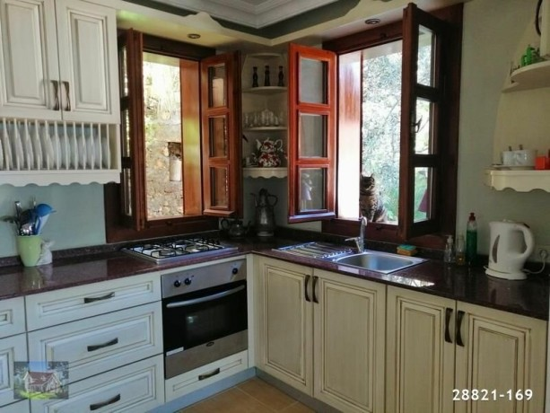 alanya-red-castle-super-seaview-traditional-house-for-sale-cheap-big-12