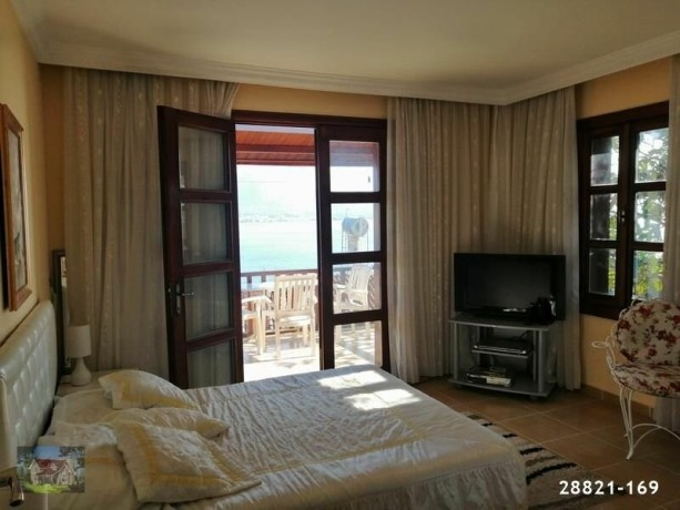 alanya-red-castle-super-seaview-traditional-house-for-sale-cheap-big-4