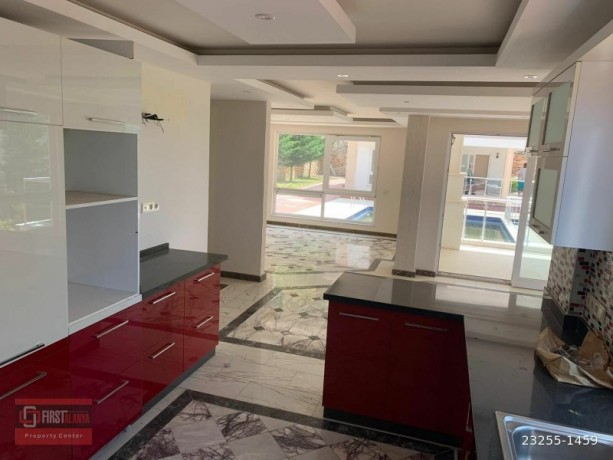 cheap-bargain-luxury-31-villa-for-sale-site-in-tepe-alanya-big-0