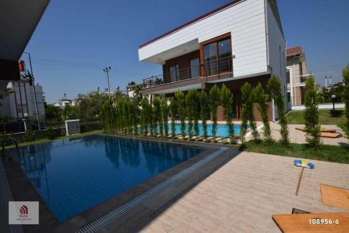 4-1-detached-villa-with-pool-in-the-centre-of-antalya-belek-big-0