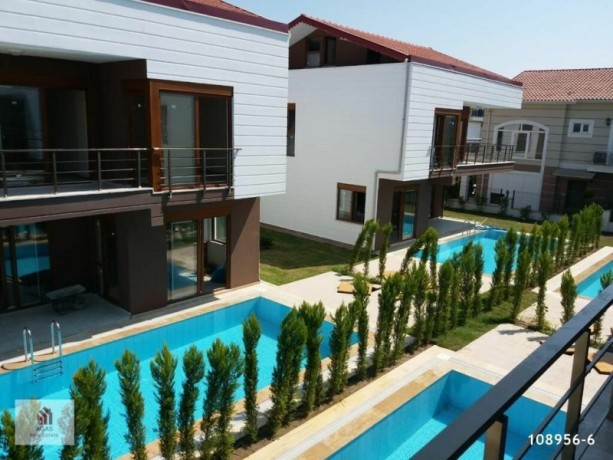 4-1-detached-villa-with-pool-in-the-centre-of-antalya-belek-big-1