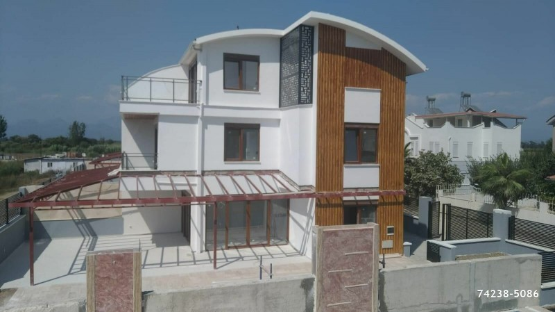 brand-new-kadriye-triplex-villa-with-detached-pool-bargain-big-1