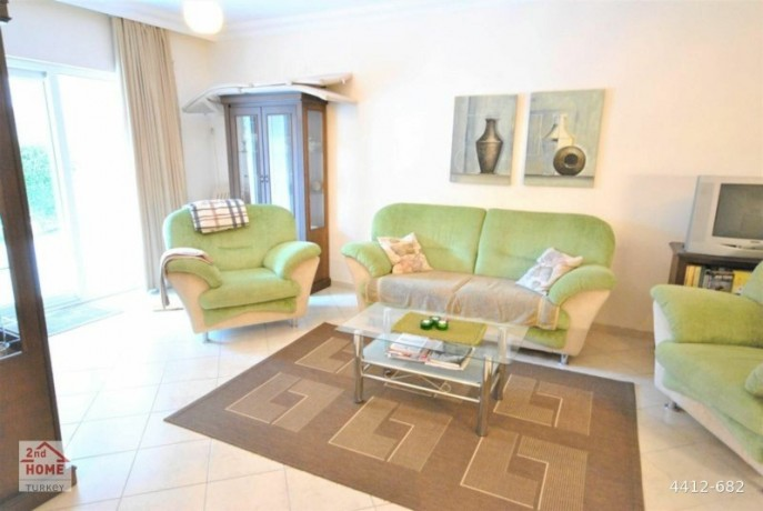 full-furniture-4-rooms-in-central-kemer-1-living-room-and-kitchen-for-sale-duplex-big-5