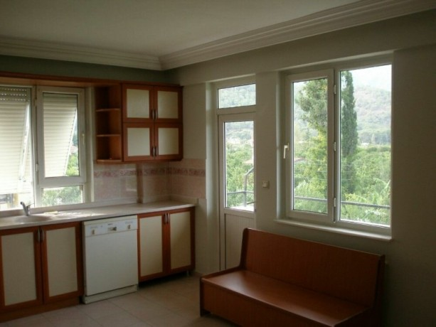 house-with-detached-garden-in-the-centre-of-kemer-big-1