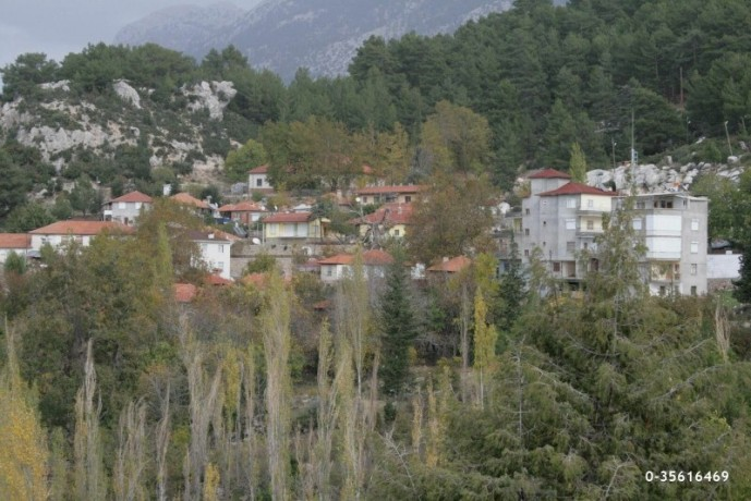 plot-with-bargain-view-in-the-most-beautiful-plateau-of-antalya-big-0