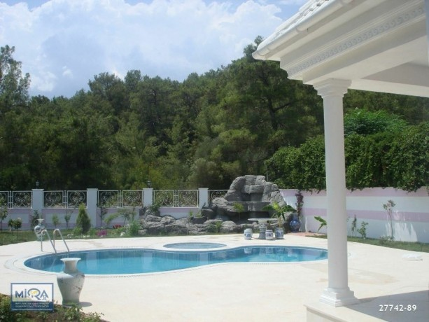 attractive-4-1-detached-villa-for-sale-in-the-pine-forests-in-kemer-big-1