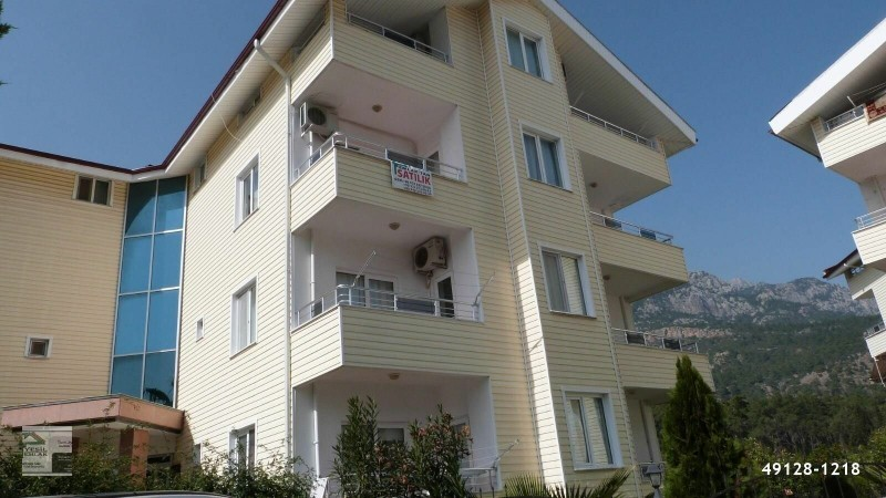 full-furniture-flat-for-sale-in-the-site-with-swimming-pool-in-kemer-antalya-big-1