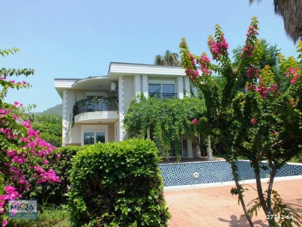 detached-villa-for-sale-on-the-seafront-in-antalya-kemer-big-14