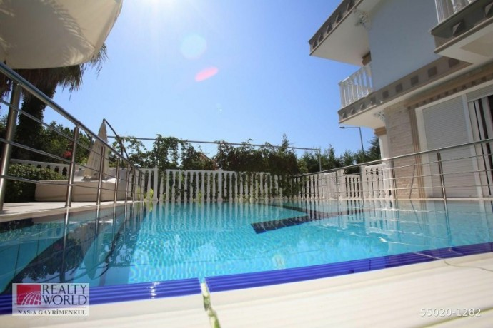 6-1-luxury-villa-in-den-camyuva-kemer-antalya-big-1