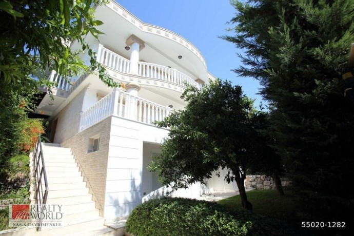 6-1-luxury-villa-in-den-camyuva-kemer-antalya-big-4