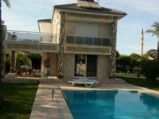 Luxury 4+1 Villa For Sale With Pool In Kemer Centre