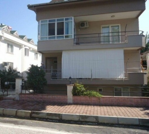 for-sale-duplex-500-m-to-sea-well-maintained-family-environment-kemer-big-0