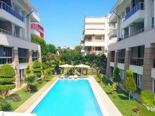 160 m2 3 + 1 apartment for sale in Kemer Center