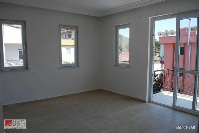 kemer-aslanbucak-3-1-duplex-opportunity-apartment-big-3