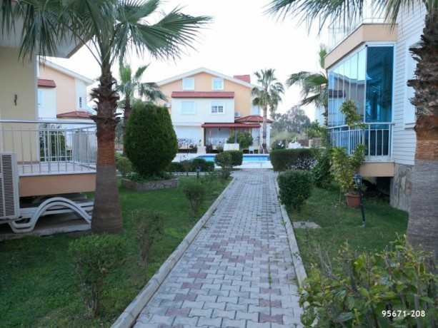 21-apartment-for-sale-in-kemer-center-with-american-kitchen-pool-big-1