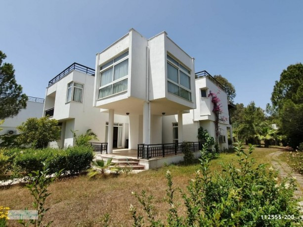 camyuva-beach-200-m-sale-5-1-villa-kemer-antalya-big-0