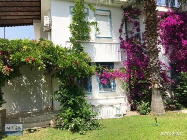 21-apartment-for-sale-in-kemer-camyuva-mountain-view-big-4
