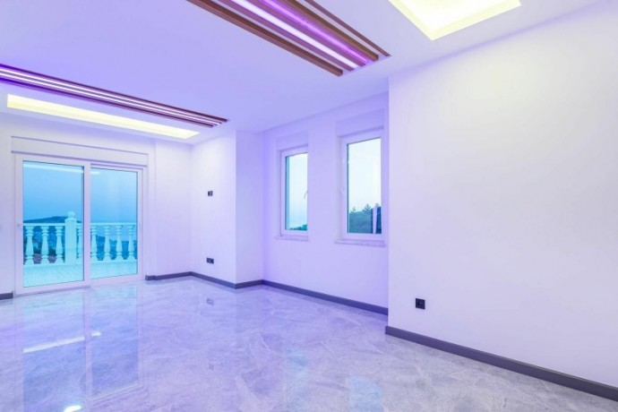 ultra-luxury-villa-with-31-private-pool-in-alanya-big-9