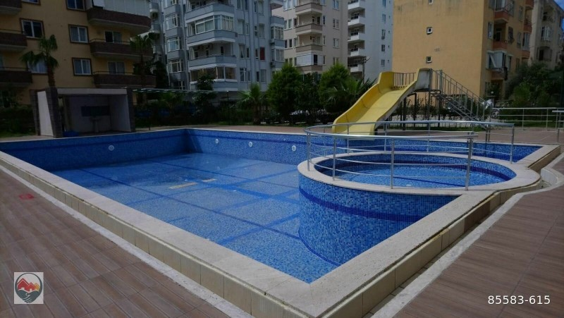 big-pool-11-apartment-for-sale-in-alanya-mahmutlar-site-big-13