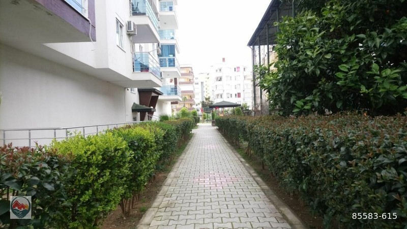 big-pool-11-apartment-for-sale-in-alanya-mahmutlar-site-big-5
