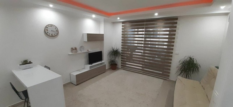 your-place-under-the-sun-sea-and-sand-alanya-real-estate-mahmutlar-11-with-pool-big-0