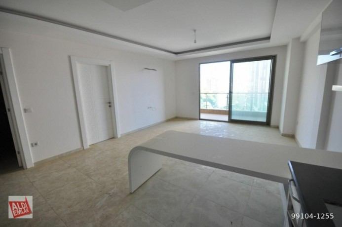 11-near-the-sea-full-activity-75-square-meters-alanya-big-12