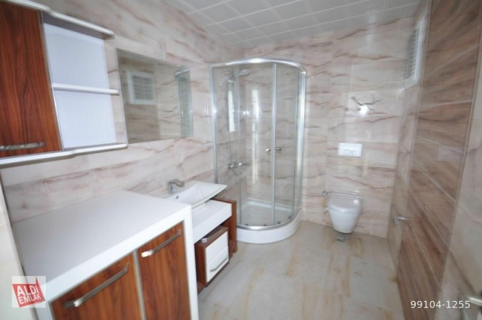 11-near-the-sea-full-activity-75-square-meters-alanya-big-4