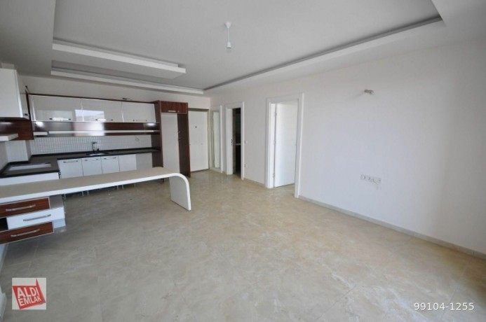 11-near-the-sea-full-activity-75-square-meters-alanya-big-18