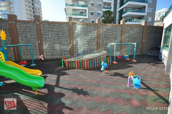 11-near-the-sea-full-activity-75-square-meters-alanya-big-16
