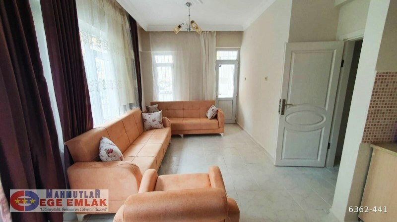alanya-mahmutlar-2-1-apartment-with-pool-and-furniture-big-6