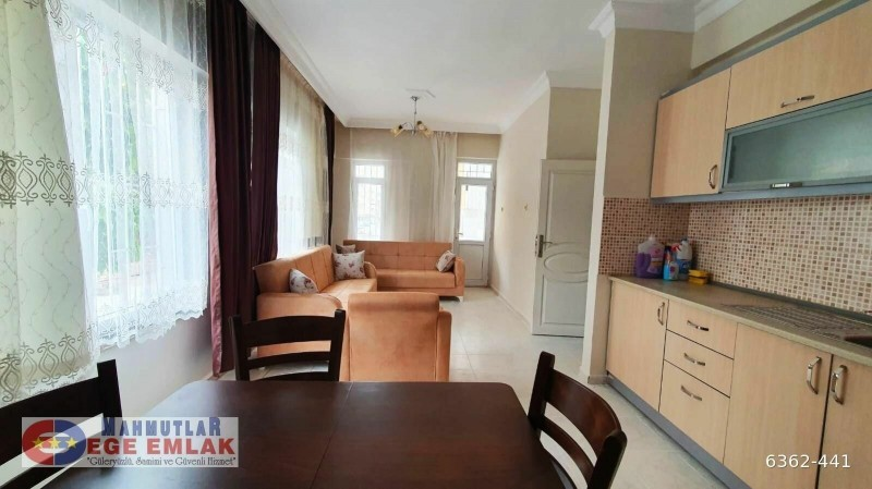 alanya-mahmutlar-2-1-apartment-with-pool-and-furniture-big-8