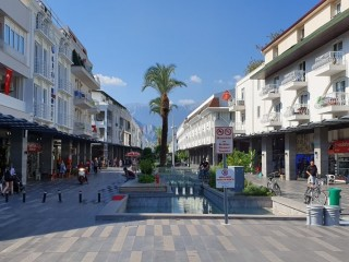 Kemer town center, duplex apartment for sale, 100 m to sea