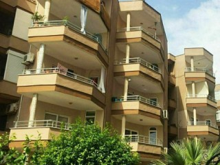 2+1 WELL-MAINTAINED-QUALITY 3-FLOOR APARTMENT IN ALANYA BEACH PROPERTY