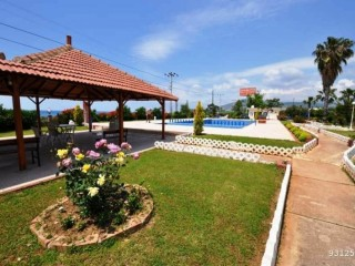 2 + 1 VILLA IN ALANYA DEMIRTAS FOR SALE ON THE SEAFRONT SITE