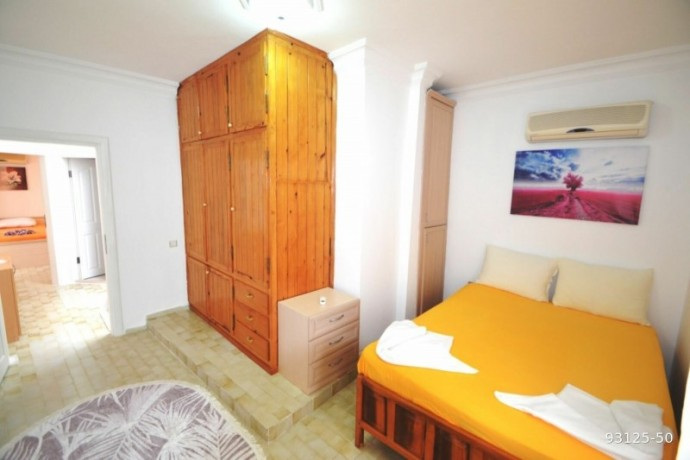 2-1-villa-in-alanya-demirtas-for-sale-on-the-seafront-site-big-10