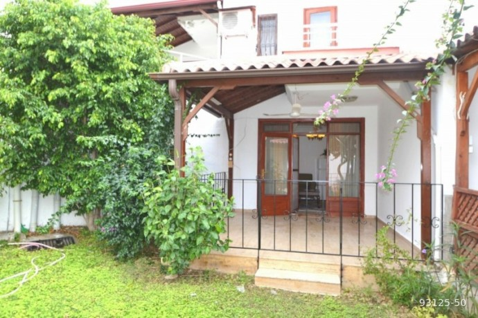 2-1-villa-in-alanya-demirtas-for-sale-on-the-seafront-site-big-8