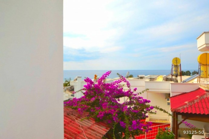 2-1-villa-in-alanya-demirtas-for-sale-on-the-seafront-site-big-6