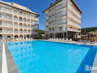 2 + 1 Apartment for sale in Antalya Alanya site intertwined with nature